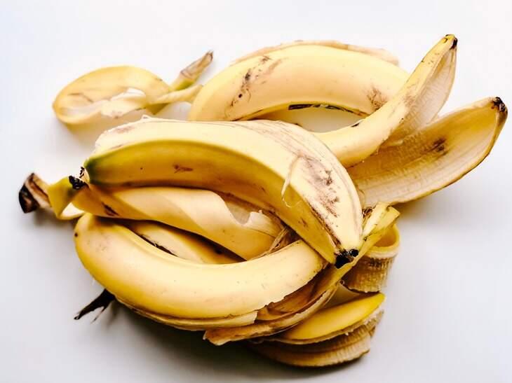 sonhar-com-banana-descascada