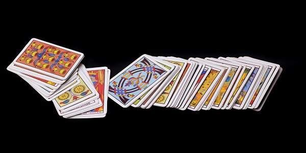 como jogar cartas ciganas