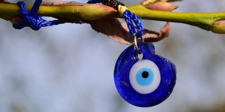 amuletos-de-protecao-olho-grego