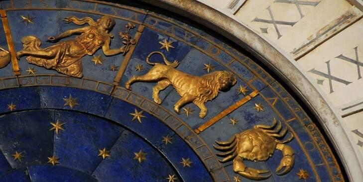 astrologos-na-historia