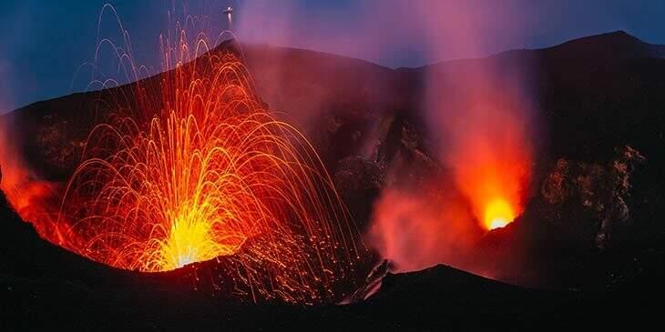 sonhar com vulcão