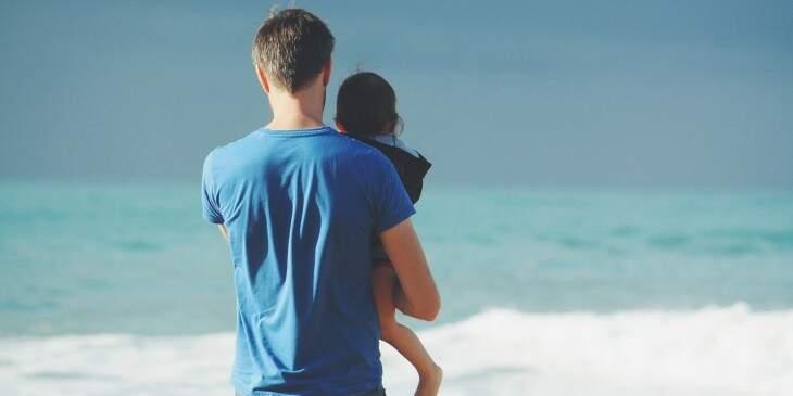 sonhar com tio e sobrinha na praia Foto Pixabay