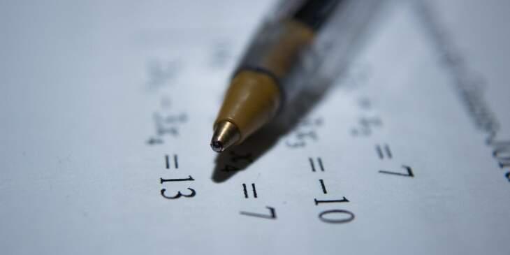 Como calcular a numerologia kármica